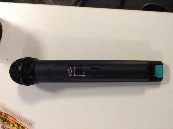 AKG Funkmikrofon - HT40 - UK96 B, gebraucht